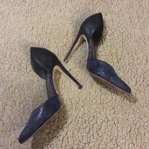 Michael Antonio violet high heel pumps